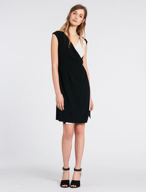 Criss-cross sablé dress