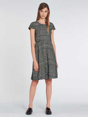 Pied de poule jacquard dress