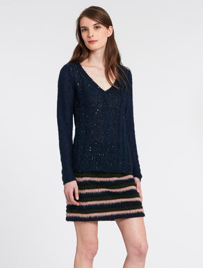 Sweatshirt with braids and sequins