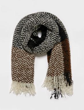 Chevron bouclé woven-roving scarf