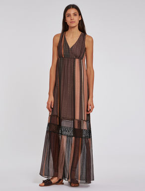 Dress in lamé silk with lace