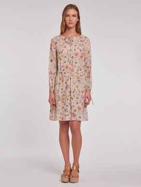 Dress in floral crêpe de chine
