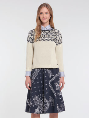 Jacquard sweater with appliqués