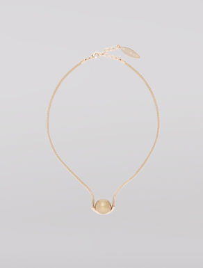 Maxi-pearl necklace