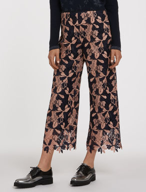 Floral macramé trousers