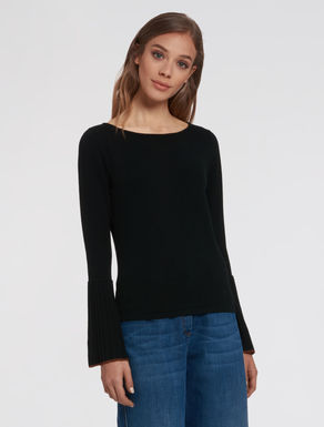 Pleated flounce sweater