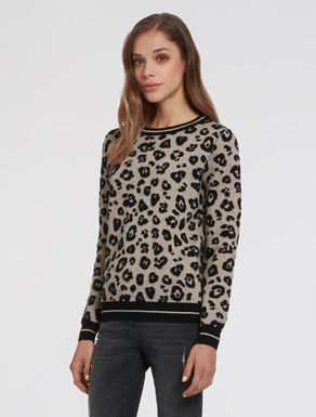 Animal-print jacquard sweater