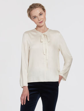 Blouse in twill fabric with bow