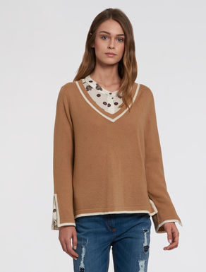 Wool/cashmere V-neck jumper