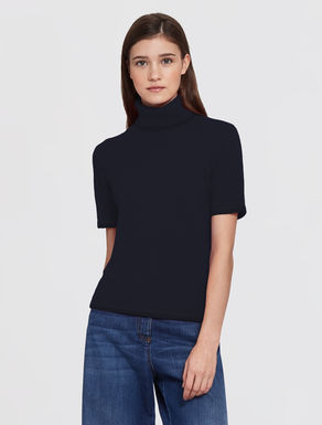 Wool/cashmere turtle-neck