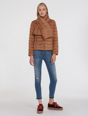 Reversible puffer jacket with scarf