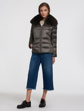 Slim puffer jacket with fur collar