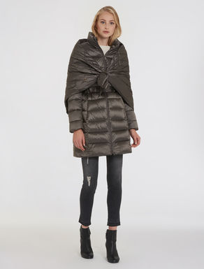Slim puffer jacket with stole