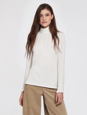 Embellished turtle-neck T-shirt