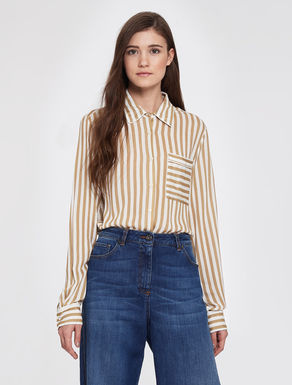 Flowing lined blouse