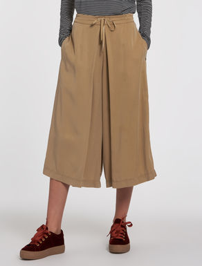 Culotte pants with fuller twill