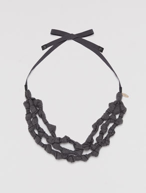 Jersey necklace with nodes