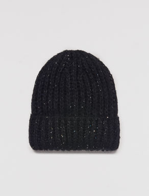Beret with micro sequins