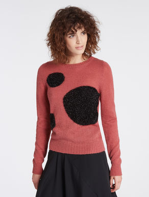 Sweater with lamé inlays
