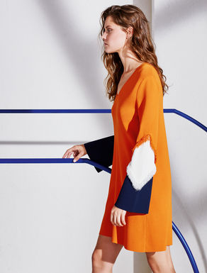 Colour-block knitted dress
