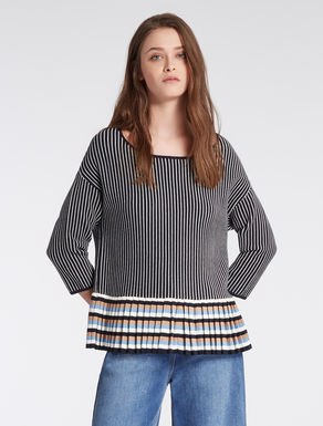 Sweater with pleated flounce