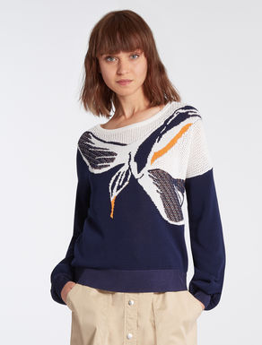 Sweater with jacquard inlay