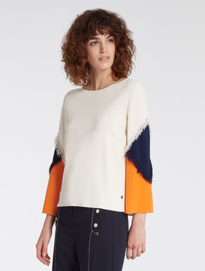 Colour block sweater with fringe