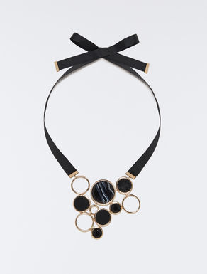 Plastron necklace with rings