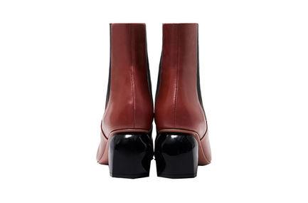 Pebble Heel Chelsea Boots