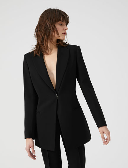 Flowing Stud Fastening Jacket