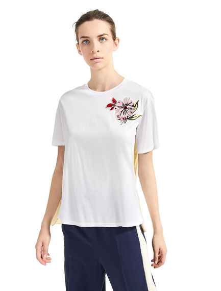 Flower-embroidered Pleat T-Shirt