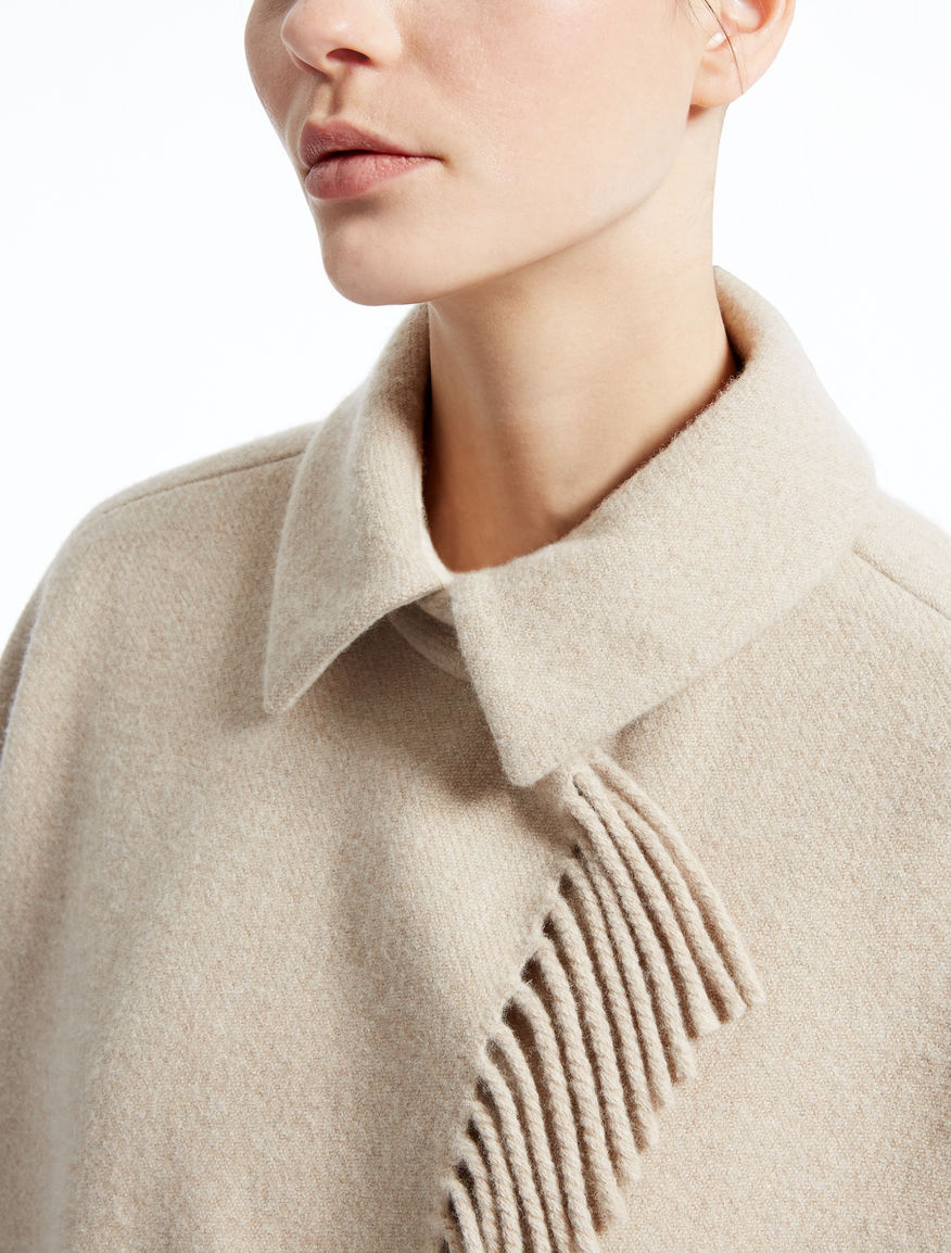 Wool cape Weekend Maxmara