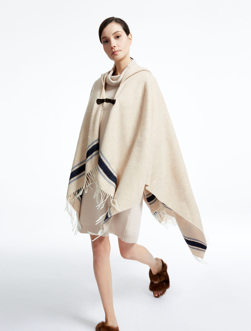 Wool poncho Weekend Maxmara