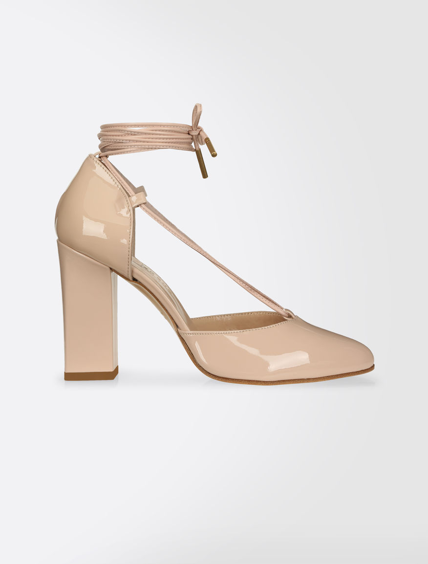 Patent pumps Weekend Maxmara
