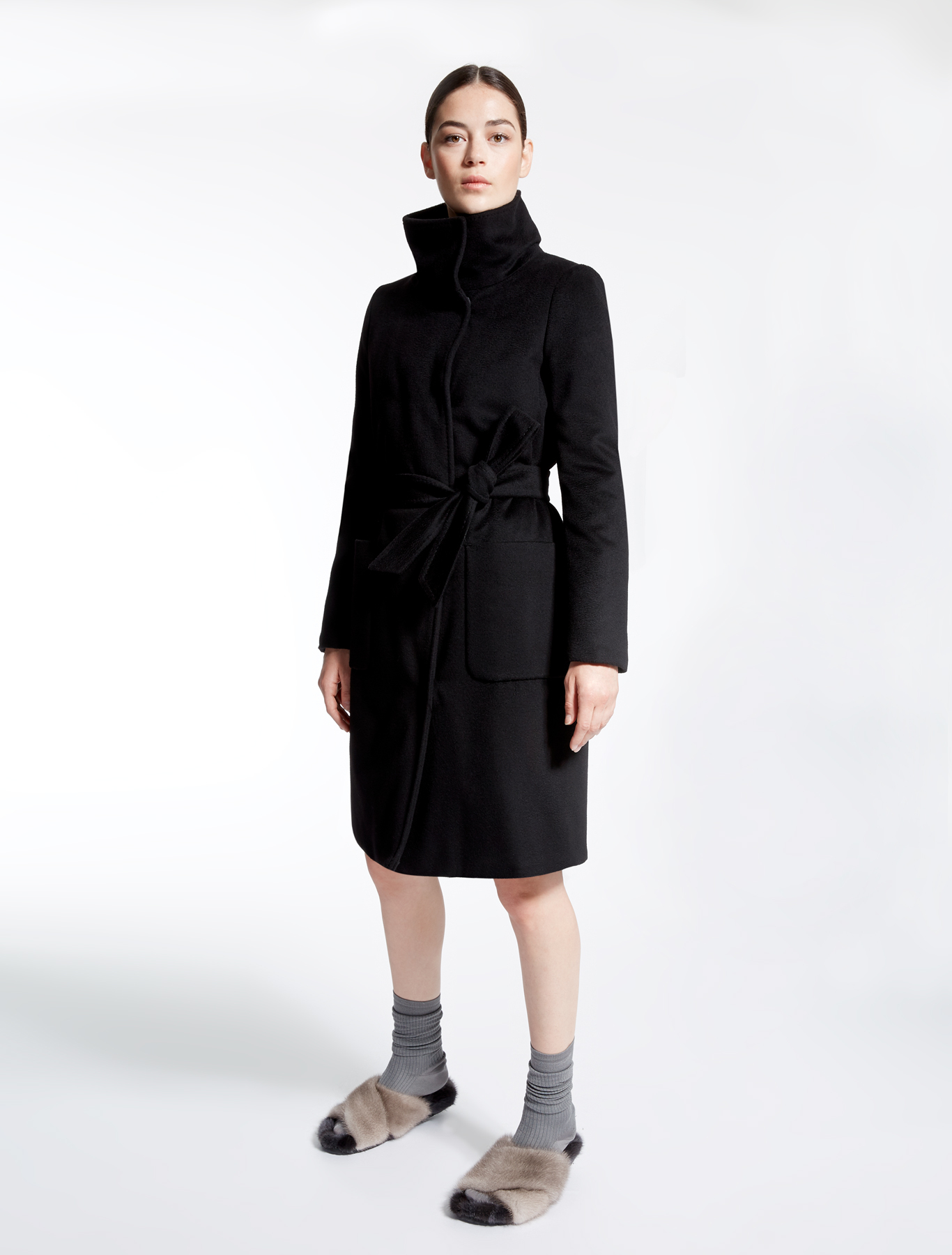 pure wool coat black weekend max mara. Black Bedroom Furniture Sets. Home Design Ideas