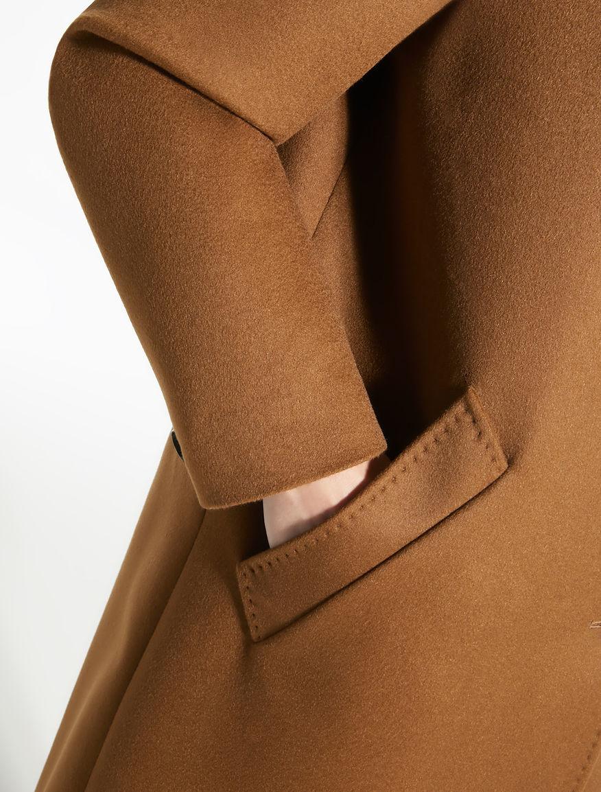 Cashmere coat Weekend Maxmara