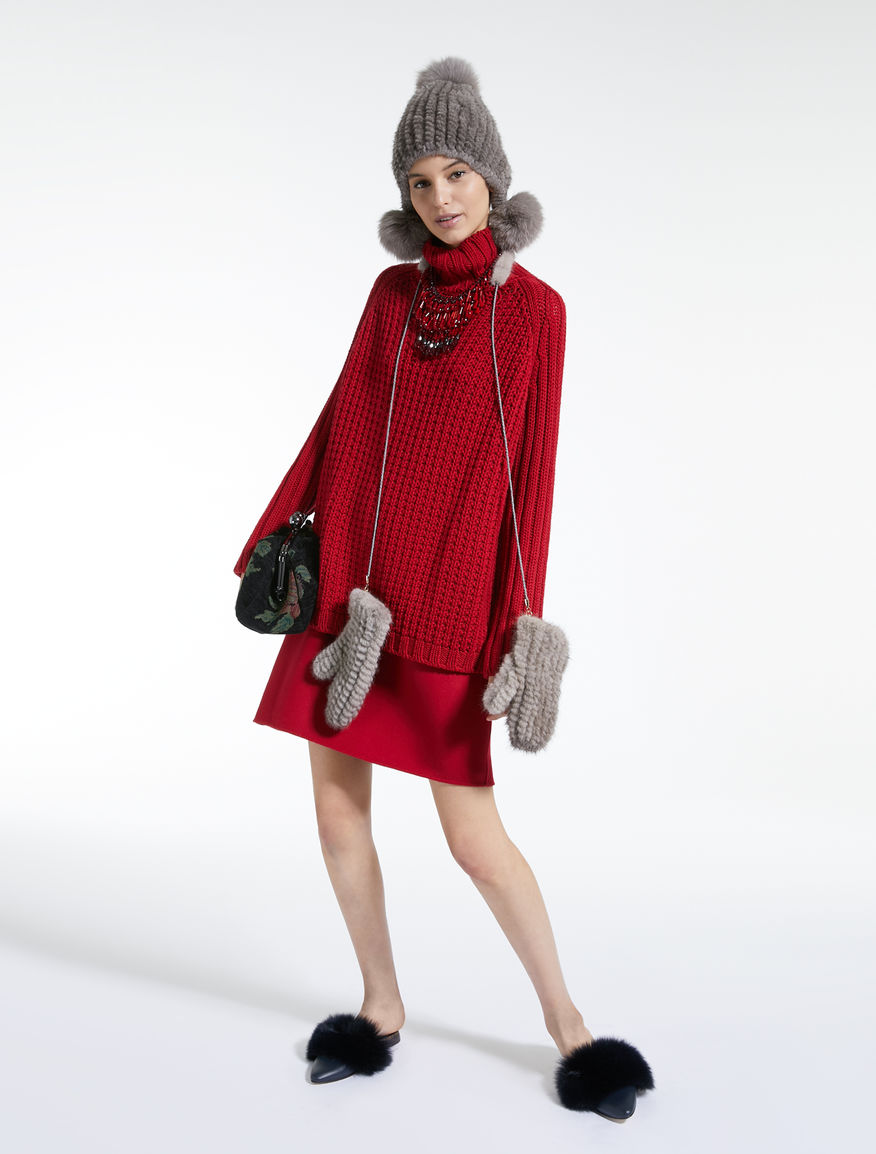Moffole in visone Weekend Maxmara