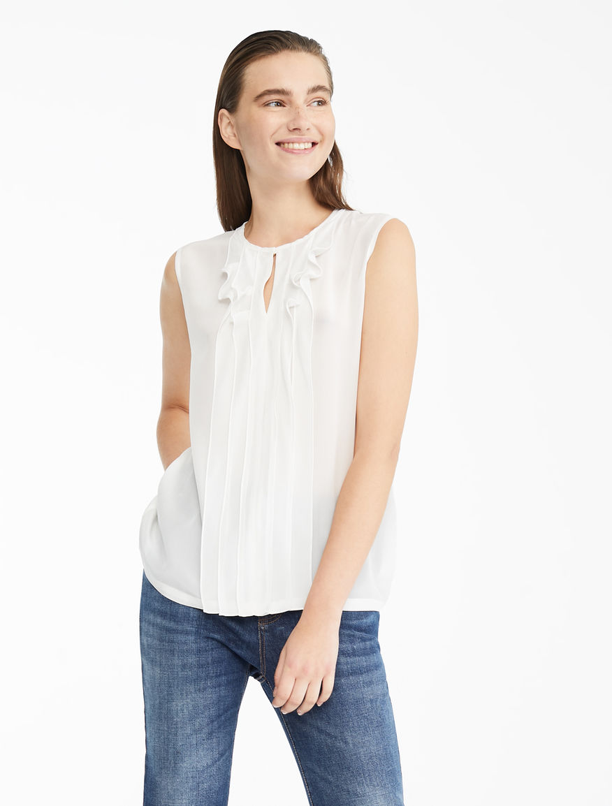 c7c641f3 Women's Tops and T-shirts: for daytime and evenings | Weekend Max Mara