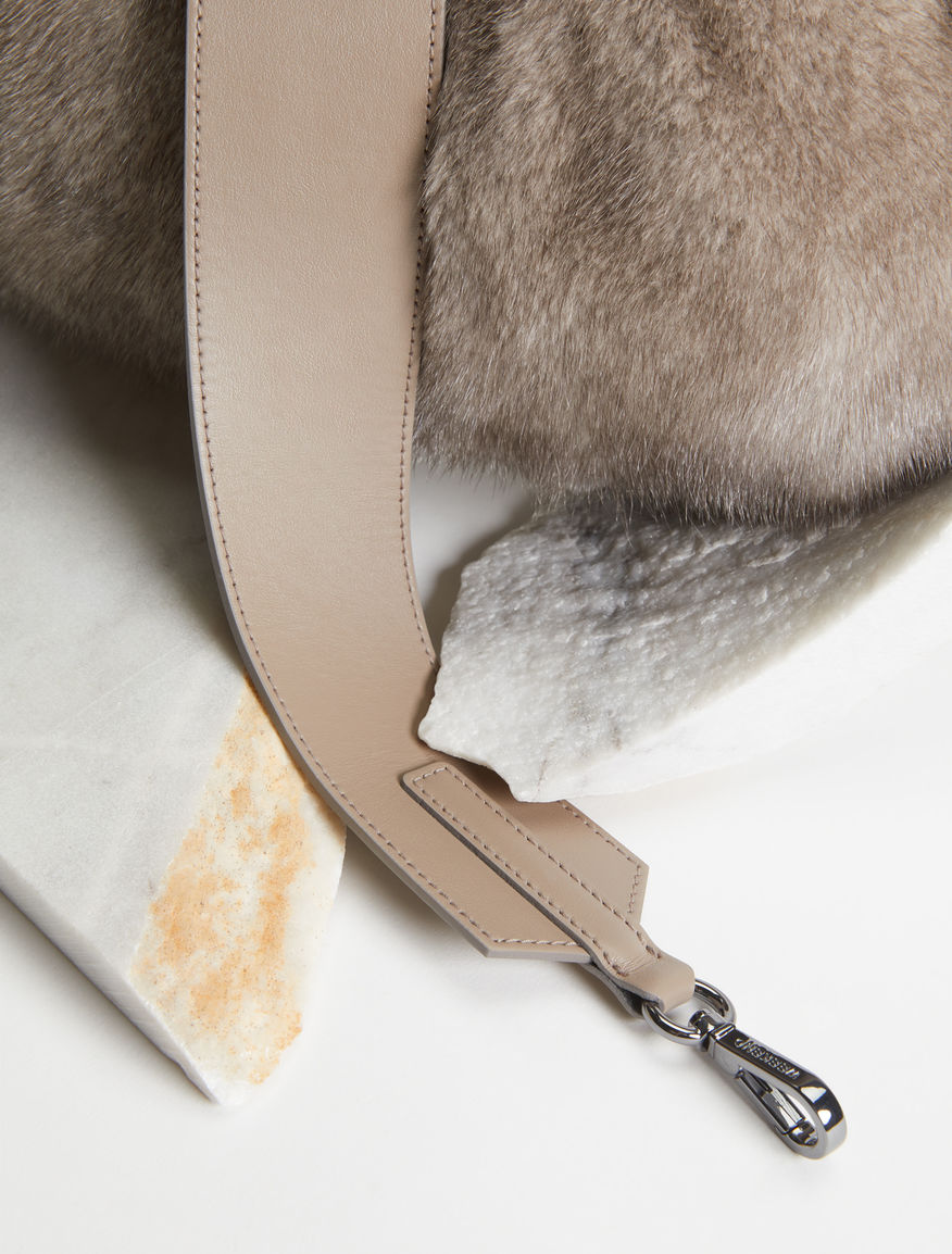 Medium mink Pasticcino Bag Weekend Maxmara